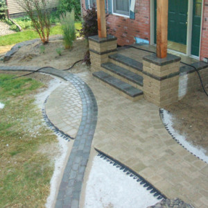Simons Landscaping | Paver Edging